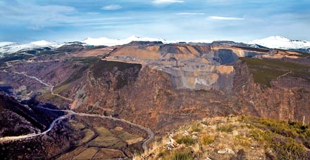 Las minas a cielo abierto de Laciana, declaradas ilegales