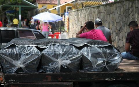Honduras: Asesinan a tres indígenas que bloqueaban vía en protesta contra minería